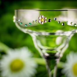 Daisy Chain Glass
