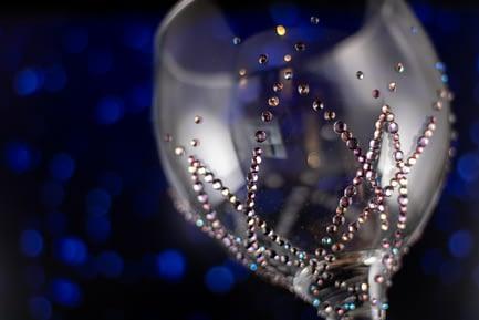 Overlapping Diamond Glass
