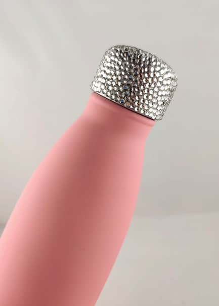 Water bottle with crystal rhinestone lid